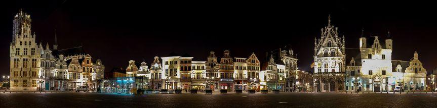 VTES GrandPrix 2018 in Mechelen - Grote Markt bei Nacht
