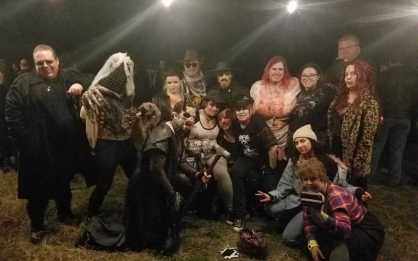 LARP - The Night In Question - Gruppenfoto - Quelle: http://sidequest.zone/2018/12/24/where-were-you-during-the-larp-in-question-a-vampire-the-masquerade-night-to-remember/