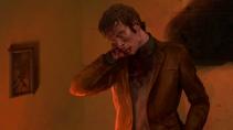 Vampire: The Masquerade - CHAPTERS - Nachdenklicher Mann mit Hand in Nacken