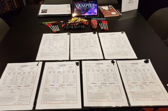 SPIEL 2019 - Setup der Vampire: Die Maskerade Convention Runde